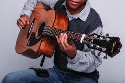 Mundo Guitar Support Natural - Gitaarsteun voor akoestische, klassieke en flamencogitaar