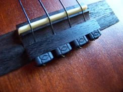 Ukelele Zwarte String Ties Diamond Secure Tieblock System - Black Rosette Strings Ties for the Ukelele